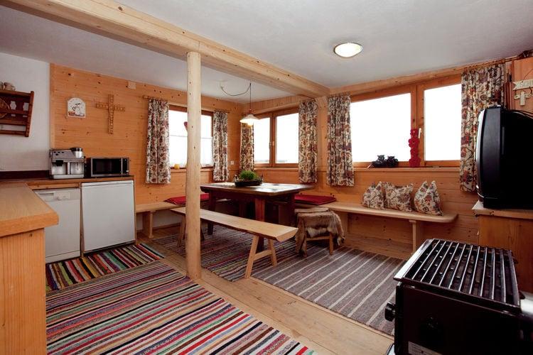 Vakantiehuizen Oostenrijk | Tirol | Chalet te huur in Hippach   met wifi 9 personen