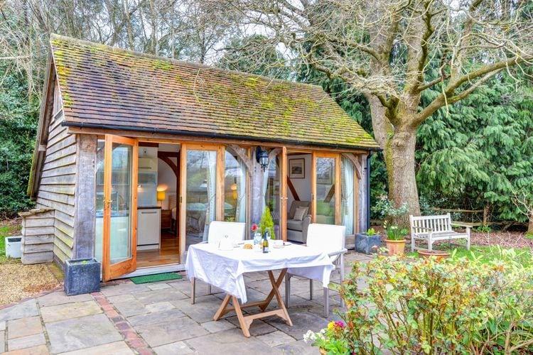 Vakantiehuizen Grootbrittannie | West-Sussex | Vakantiehuis te huur in Piltdown-E-Sussex   met wifi 2 personen