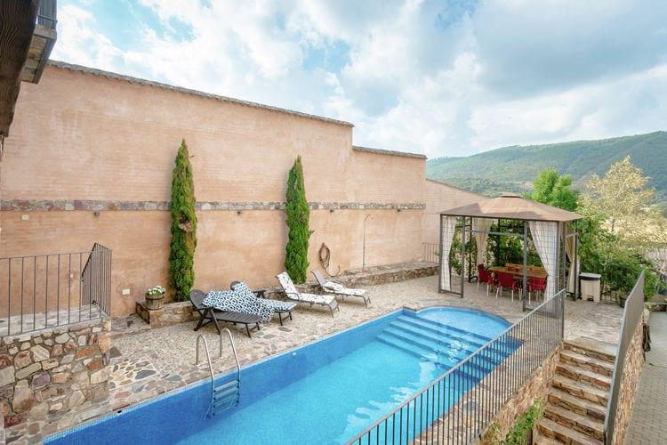 Vakantiewoning met zwembad met wifi  Navas de Estena (ciudad Real)  Landhuis met privézwembad, in Navas de Estena op een uur rijden van Toledo