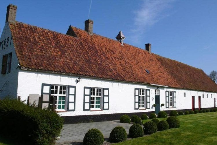 Farmhouse West Flanders