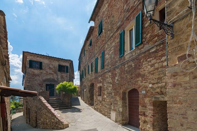 Montecastelli-Pisano Vakantiewoningen te huur Cennini