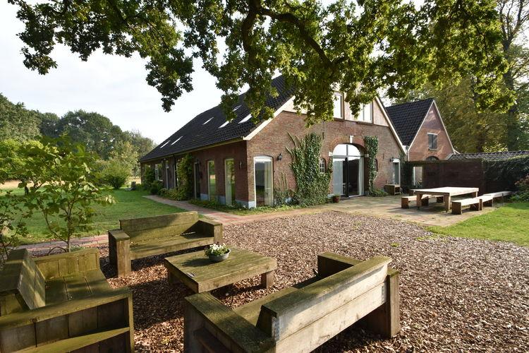 Nederland | Gelderland | Boerderij te huur in Aalten   met wifi 28 personen