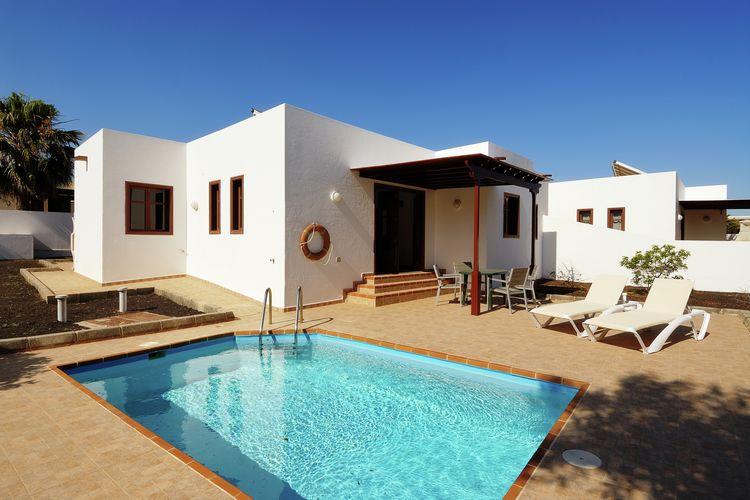 Villa huren in Playa-Blanca - met zwembad  met wifi met zwembad voor 5 personen   Het Villas Los Claveles ligt in M..