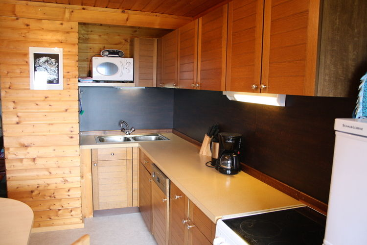 Ref: AT-5732-16 3 Bedrooms Price