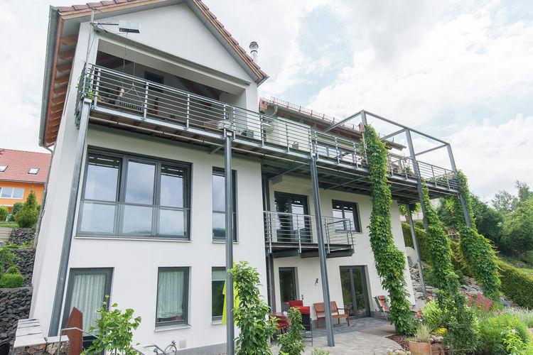Thuringen Vakantiewoningen te huur Comfortabele vakantiewoning met groot zonneterras en een prachtig uitzicht in centrale locatie