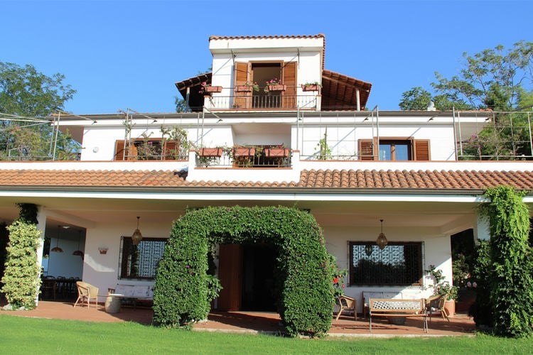 Vakantiehuizen Italie | Basilicata | Vakantiehuis te huur in Ricadi met zwembad  met wifi 12 personen