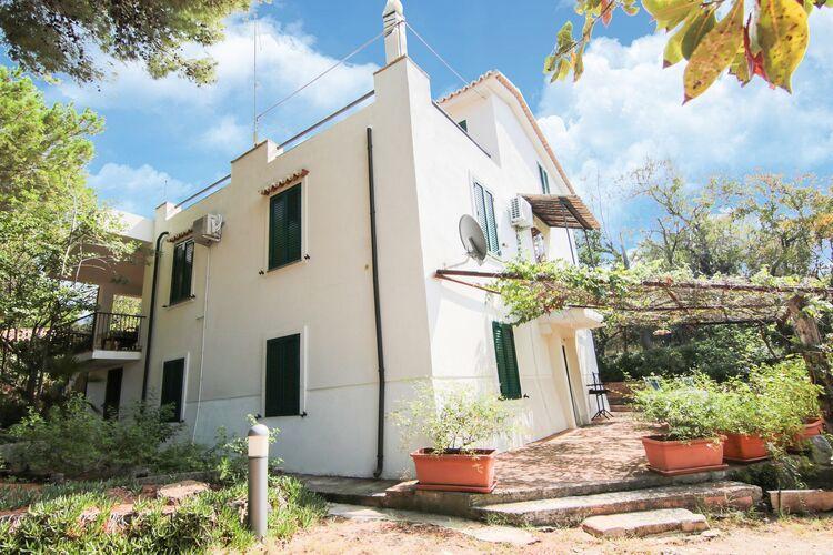 Vakantiehuizen Italie | Basilicata | Villa te huur in Ricadi met zwembad  met wifi 7 personen