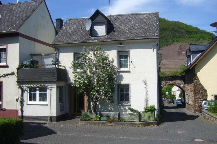 Duitsland | Moezel | Vakantiehuis te huur in Bruttig-Fankel   met wifi 6 personen