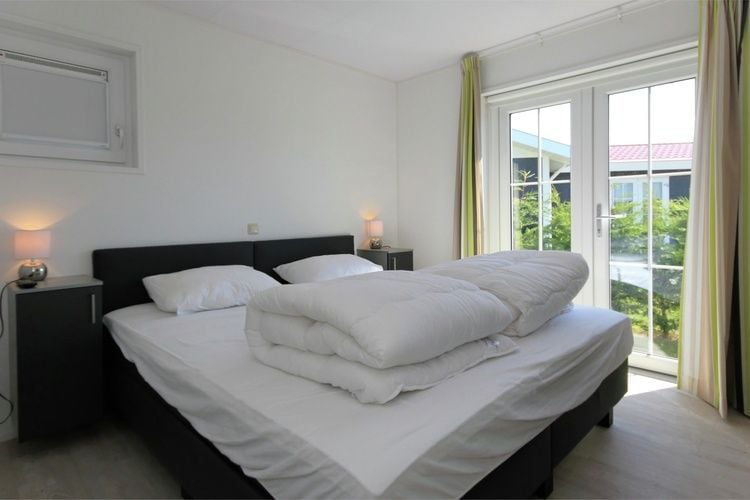 Holland | Zeeland | Holiday home Waterpark Veerse Meer - Cottage Comfort 4 | all year | BedRoom