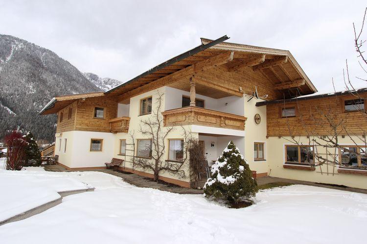 Vakantiehuizen Oostenrijk | Tirol | Appartement te huur in Waidring met zwembad  met wifi 6 personen