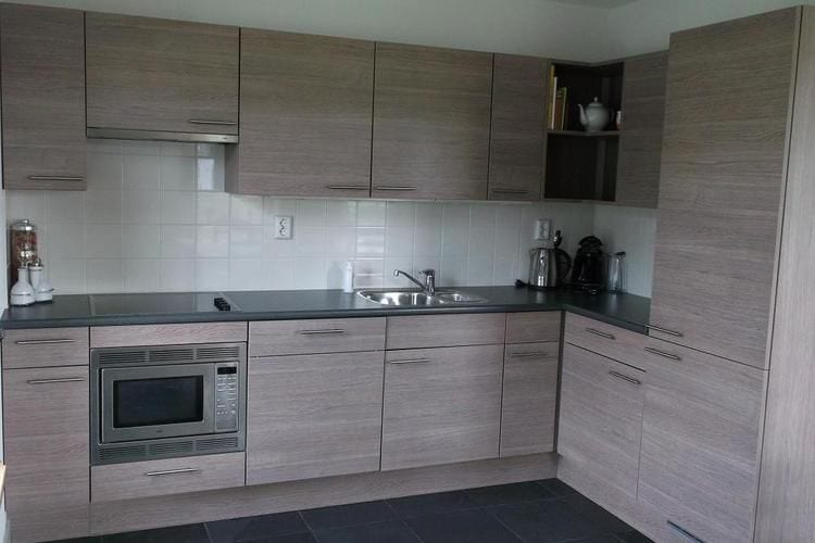 Holland | North Sea Coast North | Holiday home Recreatiepark Wiringherlant - Anno Nu 8 | all year | Kitchen
